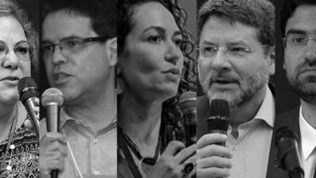 composição de 5 pessoas ao microfone - especialistas
