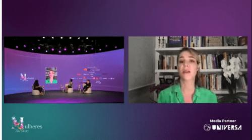 print de tela, 3 mulheres em um palco sentadas olham para uma tela onde está Priscila Cruz.