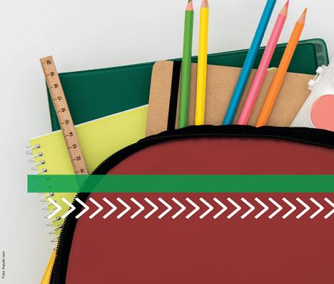 Caderno e lápis juntos